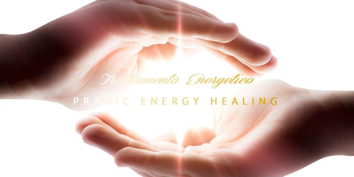 usa le tue mani per il trattamento energetico